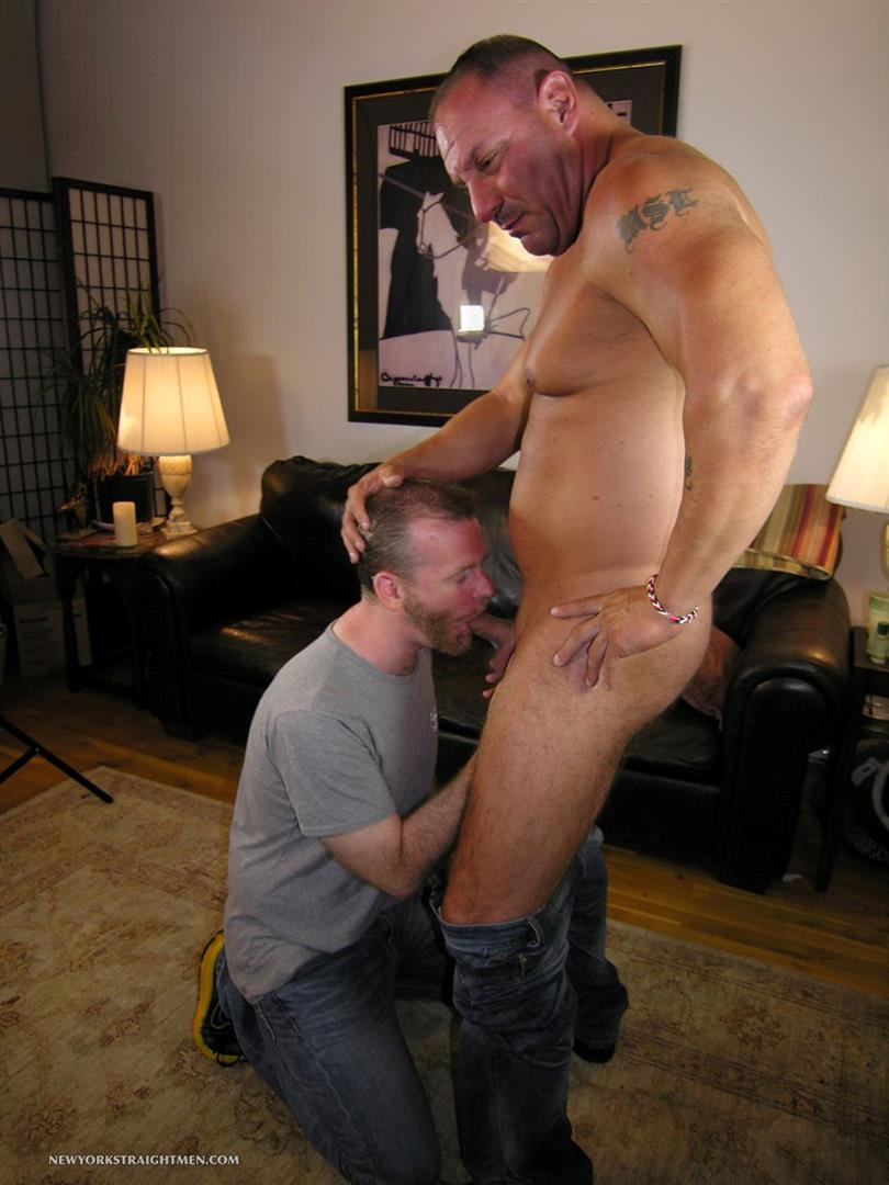 Hot muscle bear getting bj from hunk 5