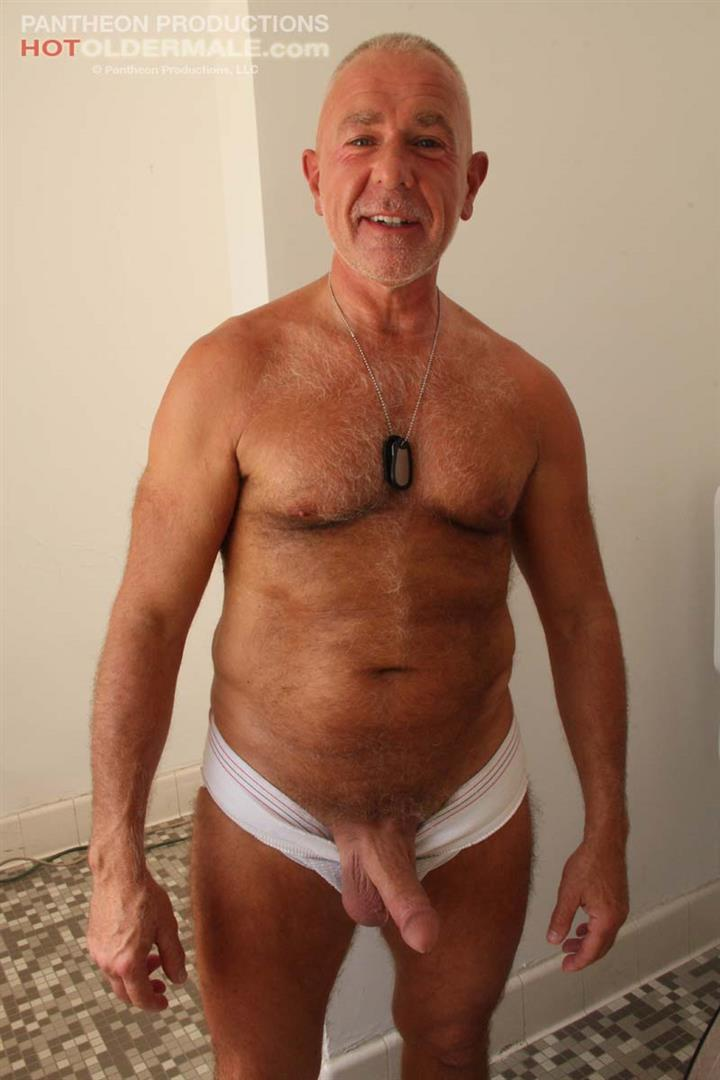 An old gay man sucked dick and swallowed 1