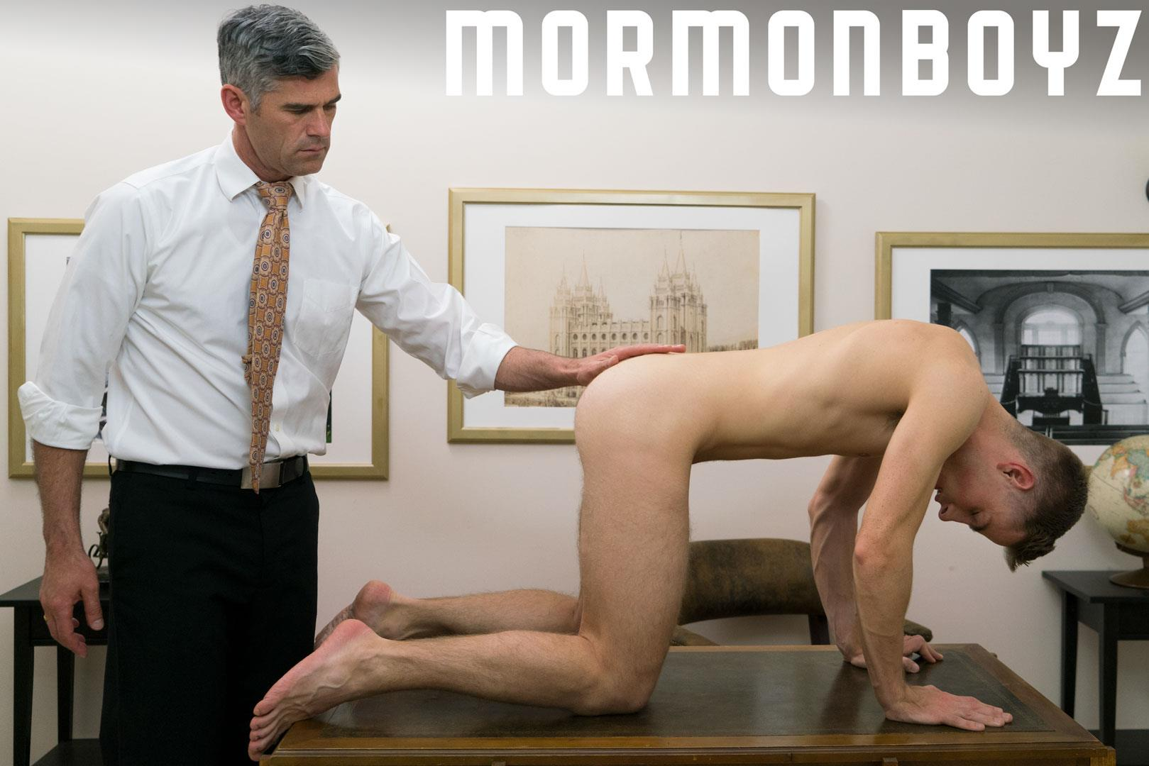 Mormon-Boyz-Elder-Garrett-and-Oaks-Bareback-Daddy-Gay-Sex-12 Mormon Boy Gets Barebacked By An Older Elder