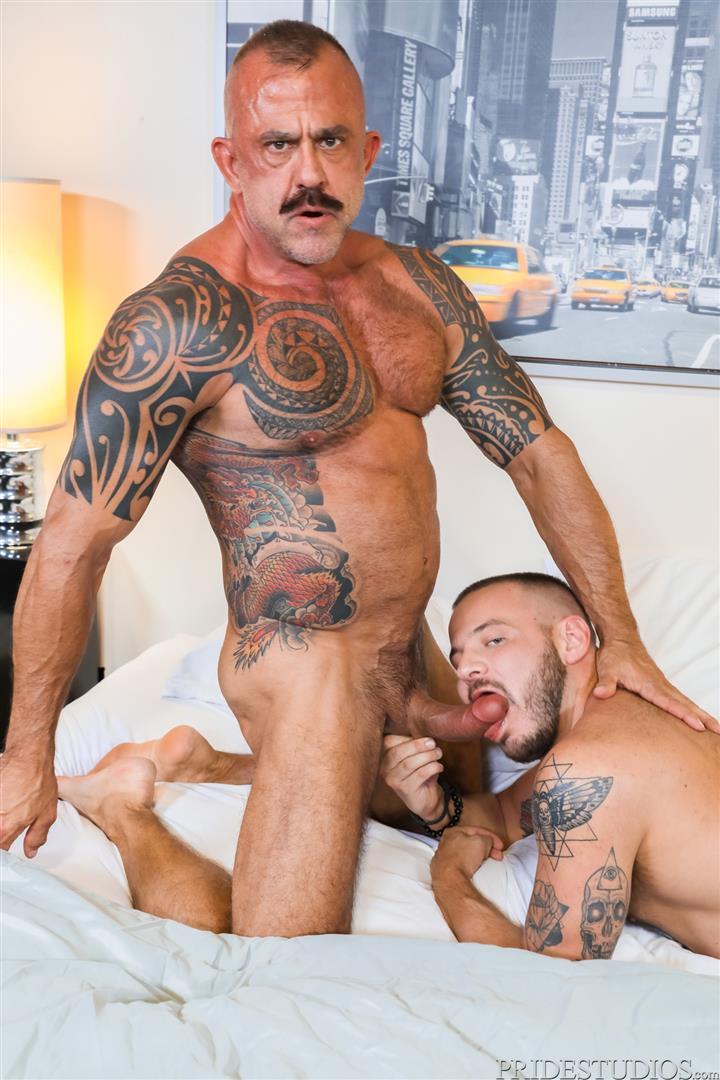 Men-Over-30-Jon-Galt-and-Sean-Harding-Muscle-Daddy-Barebacking-Muscle-Cub-03 Muscle Daddy Jon Galt And Muscle Cub Sean Harding Bareback Flipping